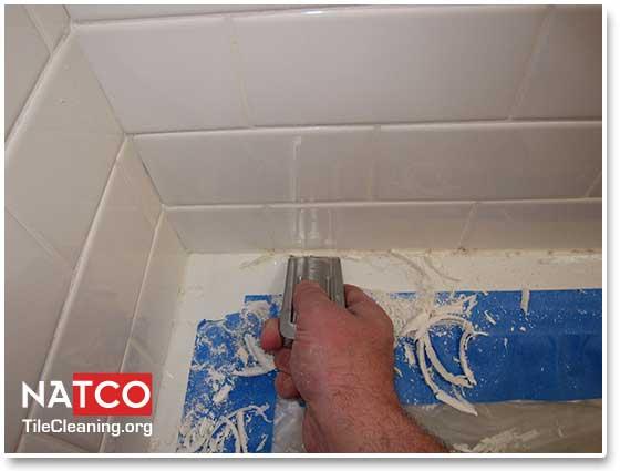 How To Remove Moldy Caulk From Bathtub Mycoffeepot Org